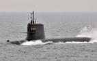 Image - Otro episodio de guerra fría: los rusos expulsan a un submarino